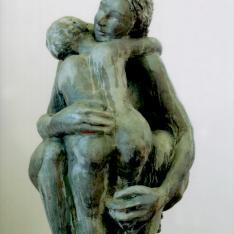 Grande abbraccio - terracotta policroma, 2003